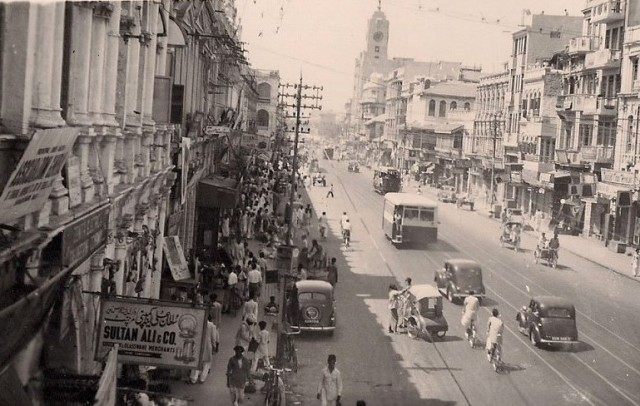 1940 - Tram on Bunder Road 2
