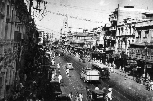 1952 - Tram on Bunder Road 3
